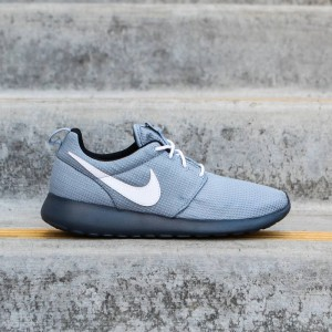 Nike Big Kids Rosherun GS (magnet grey / white)
