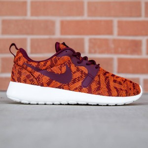 Nike Women Rosherun KJCRD (orange / team red / sail)