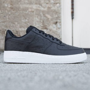 Nike Men Air Force '07 LV8 (black / black / white)