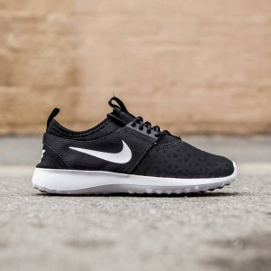Nike Women Juvenate (black / white)