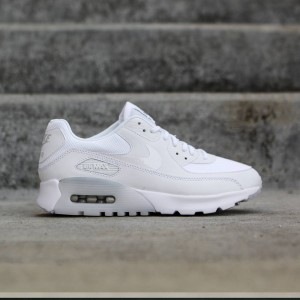 Nike Women Air Max 90 Ultra Essential (white / metallic silver)