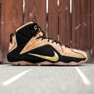 Nike Men Lebron XII Ext King's Cork (tan / natural / black / metallic gold)