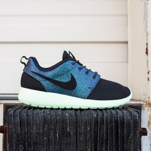 Nike Women Roshe One WWC QS (teal / black / vapor green)