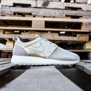 Nike Women Roshe One PRM Suede (gray / metallic gold)