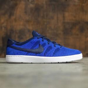 Nike Men Tennis Classic Ultra Flyknit Shoe (college navy / college navy-racer blue)