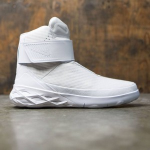 Nike Men Swoosh Hunter (white / white)