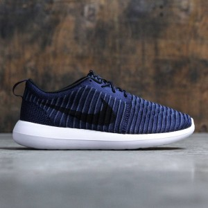 Nike Men Roshe Two Flyknit (college navy / black-white-squadron blue)