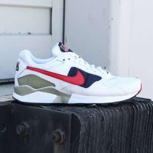 Nike Men Men'S Nike Air Pegasus '92 Premium  (white / university red-midnight navy)