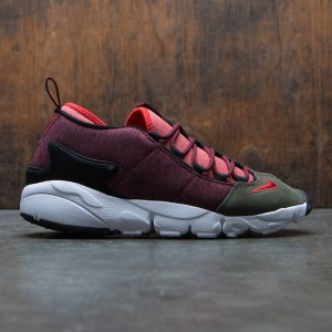 Nike Men Air Footscape Nm (dark team red / rush red-dragon red)