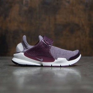 Nike Women Sock Dart Se (night maroon / lt iron ore-night maroon)