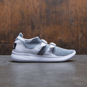 Nike Women Sock Racer Flyknit (white / white-black)
