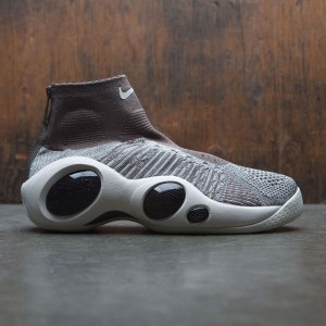 Nike Men Flight Bonafide (dark mushroom / pale grey-sail-black)