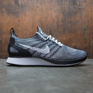 Nike Men Air Zoom Mariah Flyknit Racer (white / white-black-black)