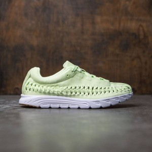 Nike Women Mayfly Woven Qs (green / lt liquid lime-white)