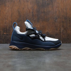 Nike Women City Loop (obsidian / black-pale grey-gum med brown)