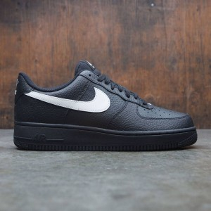 Nike Men Air Force 1 '07 (black / sail)