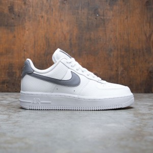 Nike Women Air Force 1 '07 (white / cool grey-metallic gold)