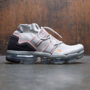 af5c06d87240 Nike Men Air Vapormax Flyknit Utility (light bone   black-summit white)