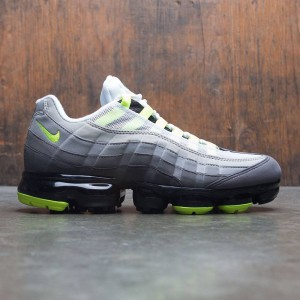 Nike Men Air Vapormax 95 (black / volt-medium ash-dk pewter)