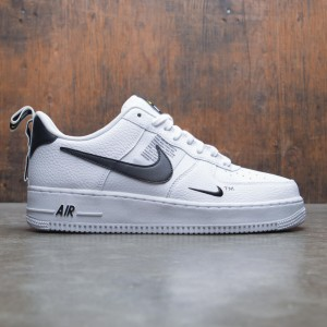 Nike Men Air Force 1 07 Lv8 Utility (white / white-black-tour yellow)
