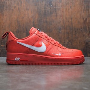 Nike Men Air Force 1 '07 Lv8 Utility (team orange / white-black-tour yellow)