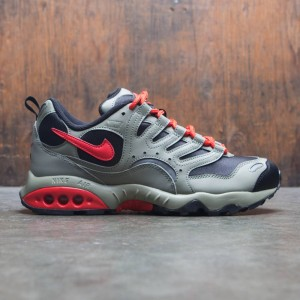 Nike Men Air Terra Humara 18 (black / habanero-dark stucco)