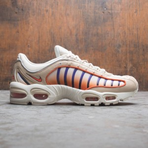 Nike Men Air Max Tailwind Iv (desert ore / team orange-campfire orange)