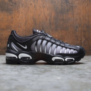 Nike Men Air Max Tailwind Iv (black / white-black)