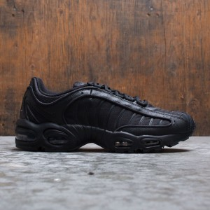 Nike Men Air Max Tailwind Iv (black / black-black)