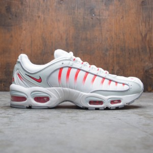 Nike Men Air Max Tailwind Iv (ghost aqua / red orbit-wolf grey)