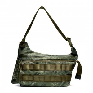 Nike Men Real Tree Profile Aop Smit Bag (olive canvas / olive canvas / black)