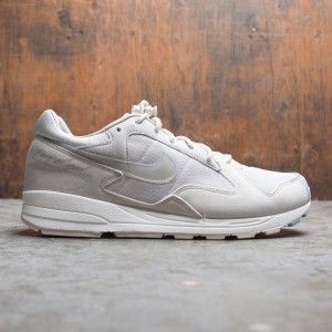 Nike x Fear Of God Men Air Skylon Ii (light bone / clear-reflect silver-sail)