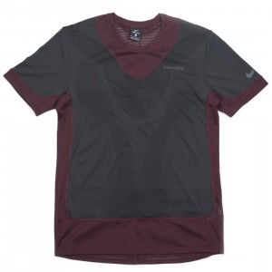 Nike Men U Nrg Gyakusou Top Tee (deep burgundy / off noir / dk smoke grey)