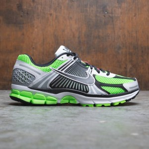 Nike Men Zoom Vomero 5 Se Sp (electric green / black-white-sail)