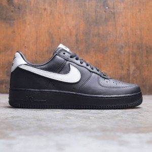 Nike Men Air Force 1 Low Retro Qs (black / white-black)