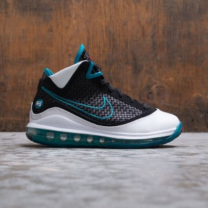 Nike Big Kids Lebron Vii Gs - Red Carpet (white / black-glass blue-challenge red)
