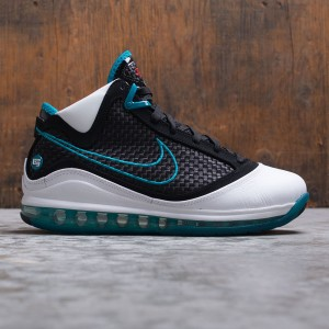 Nike Men Lebron Vii Qs - Red Carpet (white / black-glass blue-challenge red)