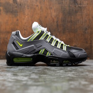 Nike Men Air Max 95 Ndstrkt (black / neon yellow-medium grey)