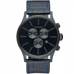 Nixon Sentry Chrono Leather Watch (navy / gator)