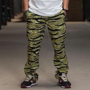BAIT Basics Chino Pants (camo / tiger camo)