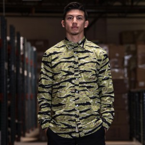 BAIT Basics Long Sleeve Shirt (camo / tiger camo)