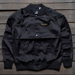 Undefeated Men Bullpen Jacket (black)