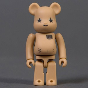 Medicom Amazon.co.jp 100% Bearbrick Figure (tan)