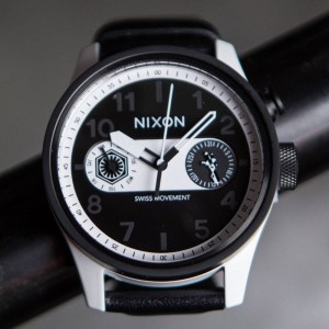 Nixon x Star Wars Safari Deluxe Leather Watch - Storm Trooper (white)