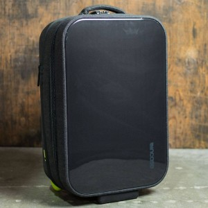Incase EO Hardshell Roller Bag (black)