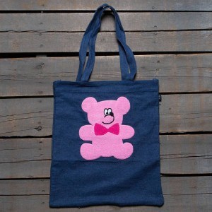 Lazy Oaf Fur Bear Tote (blue / pink)