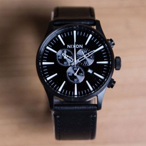Nixon Sentry Chrono Leather Watch (black)