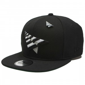 Paper Planes The Crown Snapback Cap With Pin - Wool (black / green)
