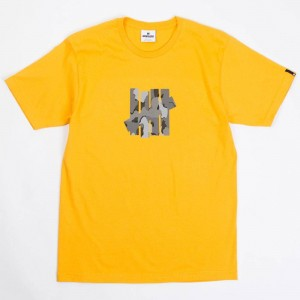 Undefeated Men Camo 5 Strike Tee (gold)