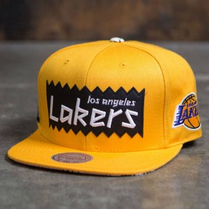 BAIT x NBA x Mitchell And Ness Los Angeles Lakers STA3 Wool Snapback Cap (gold)